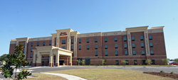 ‪Hampton Inn & Suites Swansboro / near Camp Lejeune at Bear Creek Gate‬