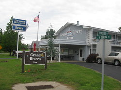 ‪Grand Rivers Inn‬