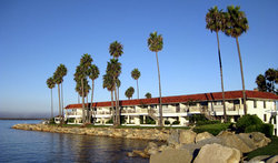 ‪Oceanside Marina Suites‬