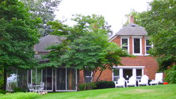 American Eagle Bluff Bed and Breakfast