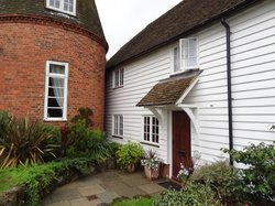 Bow Cottage Bed & Breakfast