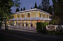 The Groveland Hotel