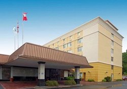 Comfort Inn & Suites Airport North