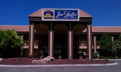 BEST WESTERN Airport Albuquerque InnSuites Hotel & Suites