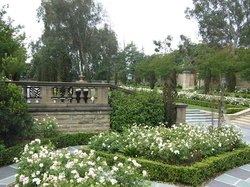 Greystone Mansion and Park
