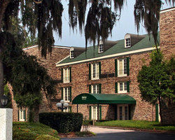 ‪Oglethorpe Inn & Suites‬