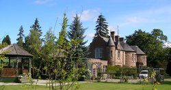 Altamount House Hotel
