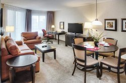 Les Suites Hotel Ottawa