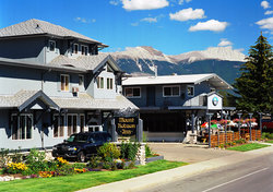 Mount Robson Inn
