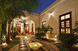 Casa Lecanda Boutique Hotel