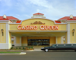 ‪Casino Queen Hotel and RV Park‬