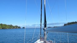 Wild Pacific Sailing - Day Tours