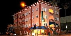 Harborview Inn and Suites