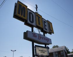 Heritage Motel & Apartments