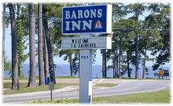 Barons By The Bay Inn