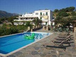 Vassiliki Studios & Family Apartments