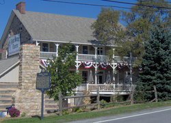 Jean Bonnet Tavern B & B