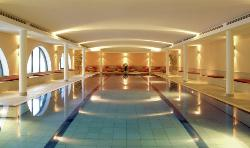 Family Spa Indoor Pool (39003879)