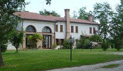 La Corte Country House