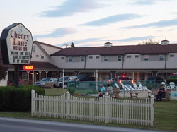 ‪Cherry Lane Motor Inn‬