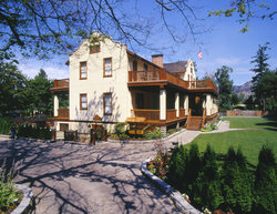 Naramata Heritage Inn & Spa