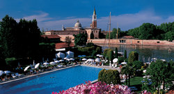 Hotel Cipriani and Palazzo Vendramin by Orient-Express