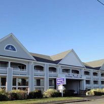 Hyannis Travel Inn
