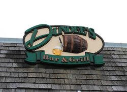 Dundee's Bar and Grill
