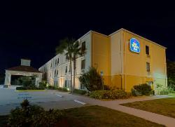 BEST WESTERN PLUS Bradenton Hotel & Suites
