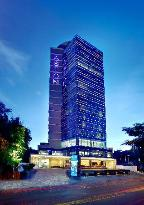Aston Makassar Hotel &amp; Convention Center