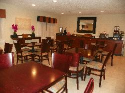 Days Inn & Suites Upper Sandusky