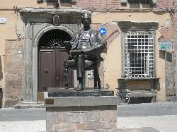Lucca Tours