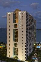Doubletree by Hilton Grand Hotel Biscayne Bay