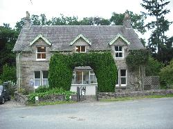 Dundarave Guest House