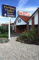 Melton Motor Inn