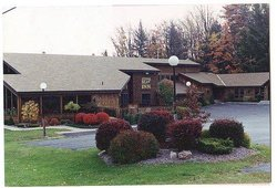 Cedar Motor Inn