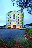 The Silver Tips Munnar