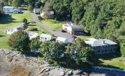 Edgewater Motel And Cottages
