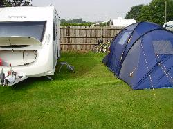 Halfway House Caravan Park and Campground
