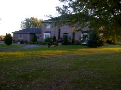 Stirling-Rawdon Bed & Breakfast