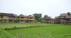 Sri Bungalows