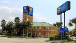 Comfort Inn &amp; Suites West