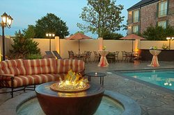 BEST WESTERN PREMIER Governors Suites