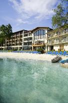 ‪Golden Arrow Lakeside Resort‬