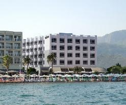 The Beachfront Hotel