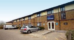 Travelodge Studio Way - Borehamwood