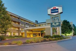 AmericInn Hotel & Suites Omaha