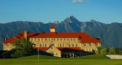 St. Eugene Golf Resort &amp; Casino