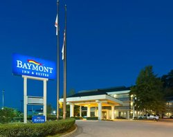 Baymont Inn & Suites Birmingham / Vestavia