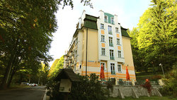 Villa Savoy Spa Park Hotel
